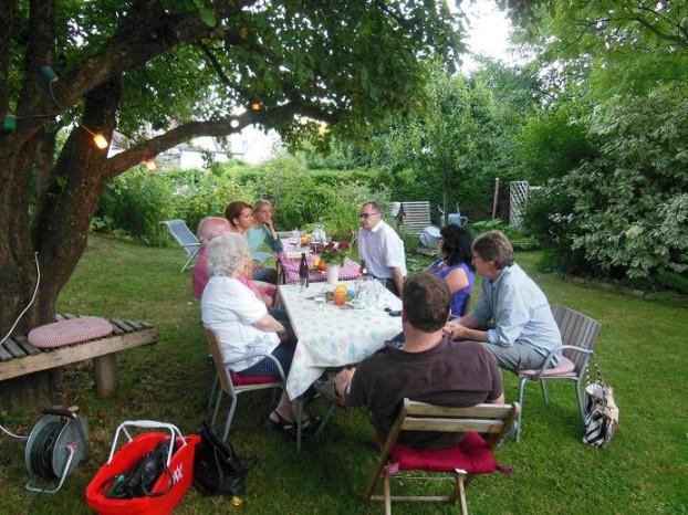 Grillparty unter dem Heroldschen Apfelbaum