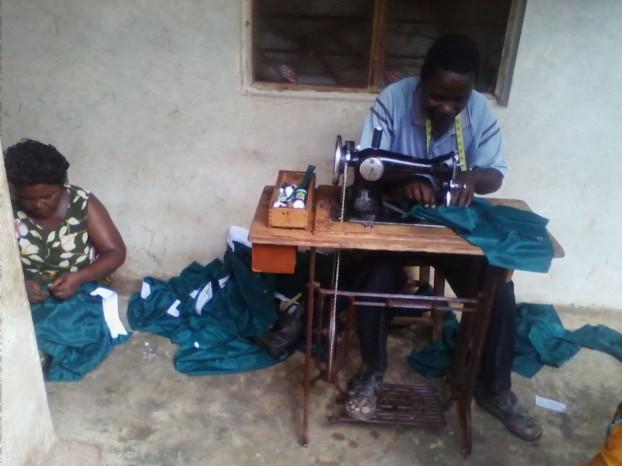 Der Schneider für die Uniformen